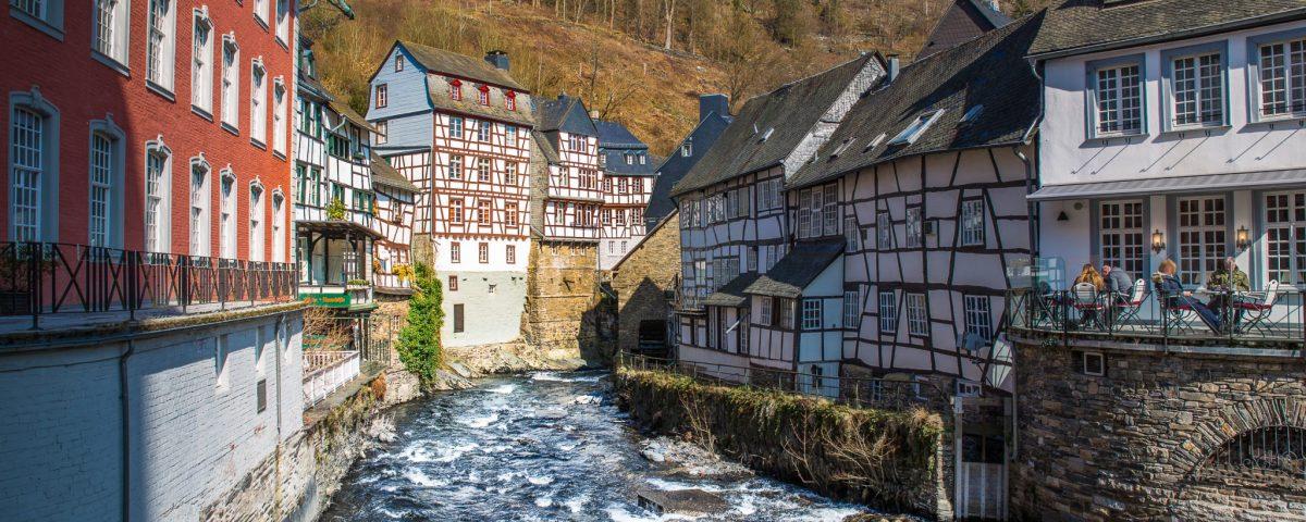 Monschau Altstadt mit Rur