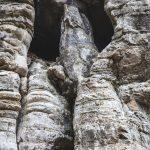 Mysteriöses Gesicht im Fels