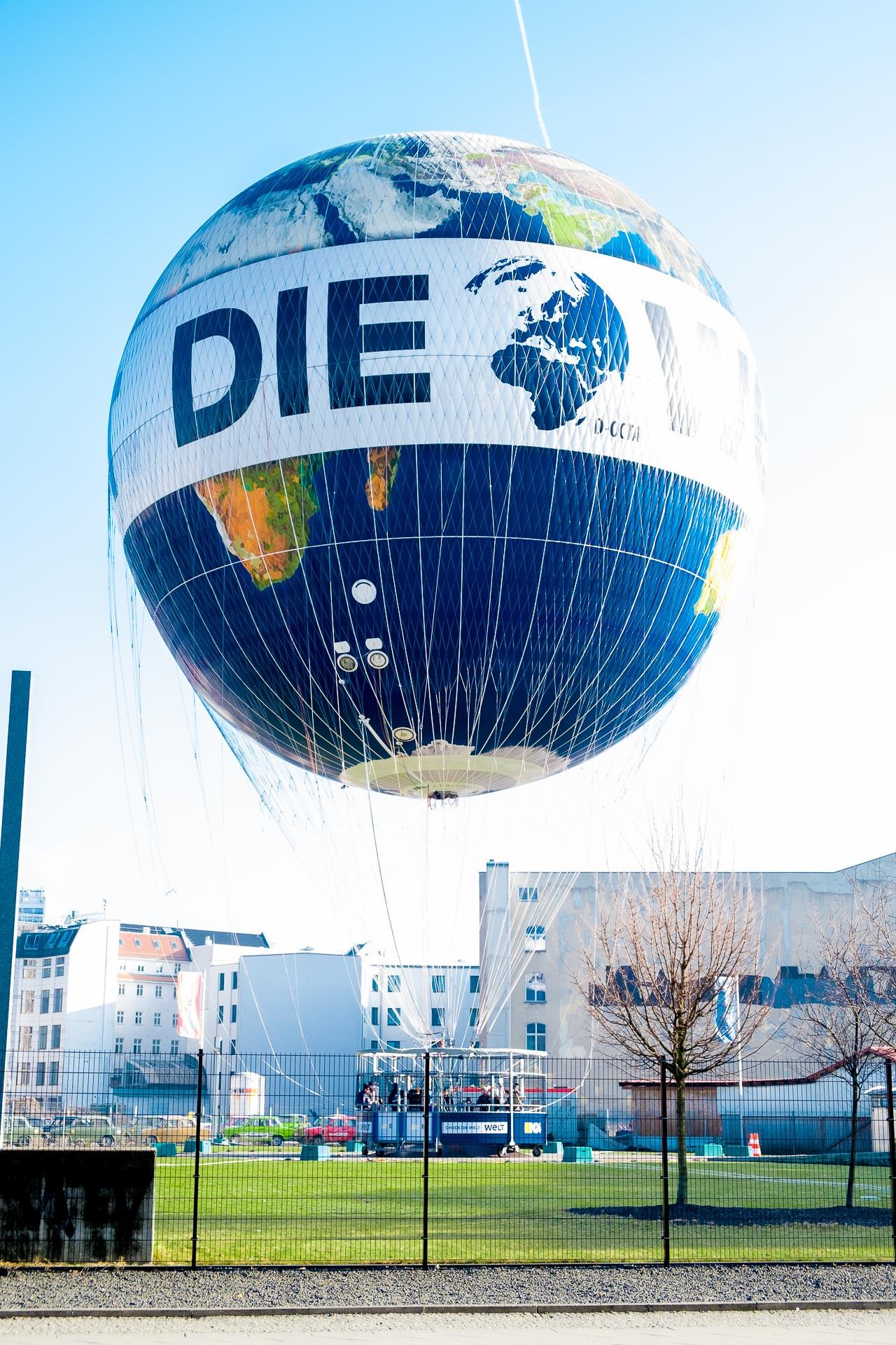 Mit dem Ballon hinauf - Air Service Berlin